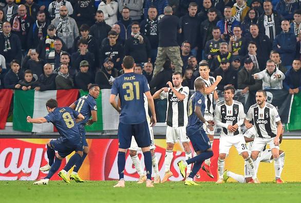 Manchester United ngược dòng hạ Juventus trong 4 phút cuối trận - Ảnh 3.