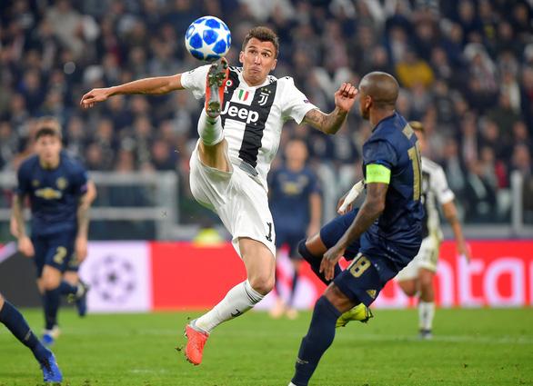Manchester United ngược dòng hạ Juventus trong 4 phút cuối trận - Ảnh 5.