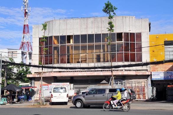 Bệnh viện, rạp hát cũ ở Biên Hòa vào bảng đất vàng đấu giá - Ảnh 2.