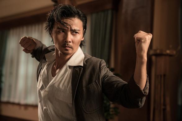 Dương Tử Quỳnh thích thú với tạo hình trong Diệp Vấn ngoại truyện - Ảnh 3.