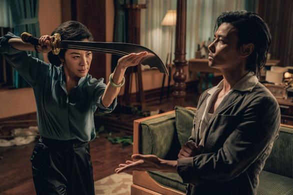 Dương Tử Quỳnh thích thú với tạo hình trong Diệp Vấn ngoại truyện - Ảnh 4.