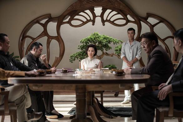 Dương Tử Quỳnh thích thú với tạo hình trong Diệp Vấn ngoại truyện - Ảnh 7.