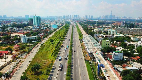 Trình Bộ Chính trị việc điều chỉnh tổng mức đầu tư dự án metro 1 và số 2 - Ảnh 1.