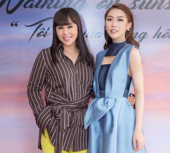 Tuấn Ngọc hát ca khúc chủ đề show thời trang Tôi đi giữa hoàng hôn - Ảnh 3.