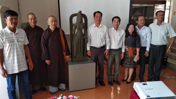 Nhà sư giao nộp tượng nữ thần cổ 7,5 tỉ, được thưởng 75 triệu - Ảnh 1.