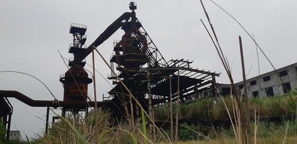 Nhà máy thép đầu tư dang dở, ngân hàng ôm nợ - Ảnh 9.