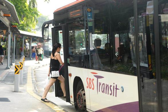 Singapore thử nghiệm dịch vụ xe buýt theo yêu cầu - Ảnh 1.