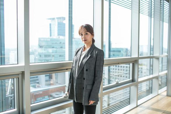 Những phụ nữ Hàn Quốc không còn muốn đẹp khắc nghiệt - Ảnh 5.