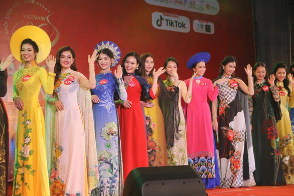 Top 3 Hoa khôi sinh viên Việt Nam 2018 sẽ thăm Trường Sa - Ảnh 1.