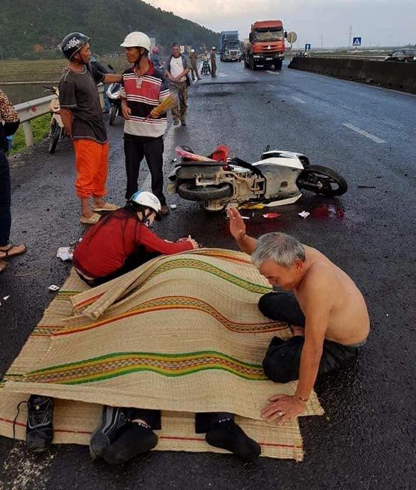 Phú Yên: 1 người chết oan vì sụp ổ voi trên quốc lộ 1 - Ảnh 2.
