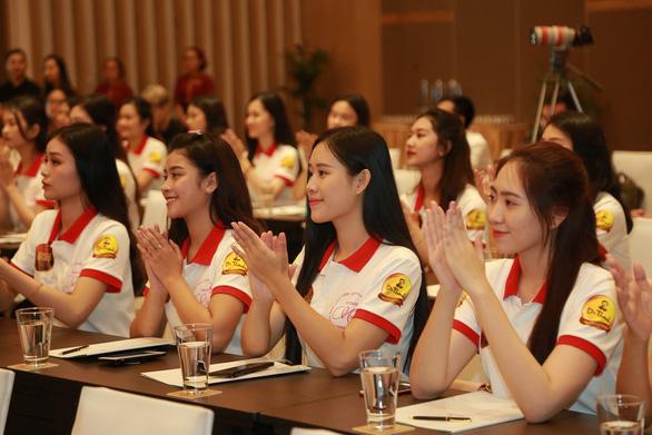 Top 3 Hoa khôi sinh viên Việt Nam 2018 sẽ thăm Trường Sa - Ảnh 3.