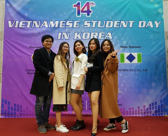Trí thức trẻ Việt Nam cần linh hoạt khi hội nhập quốc tế - Ảnh 2.