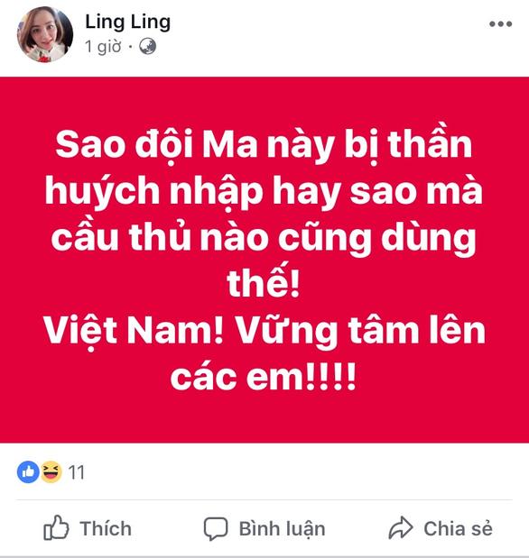 Dân mạng dậy sóng với lối chơi xấu của chủ nhà trận Malaysia - Việt Nam - Ảnh 4.
