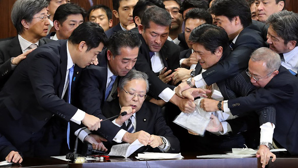 Lao động nước ngoài tại Nhật: Thêm việc mà chưa thêm lương - Ảnh 1.