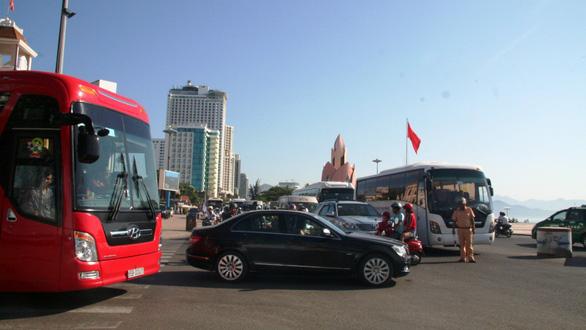 Nha Trang bàn giải pháp chống kẹt xe - Ảnh 1.