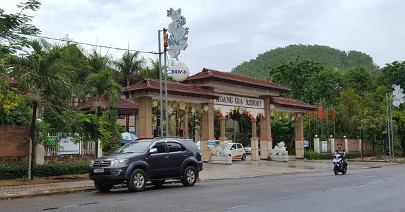 Khám xét các nơi ở của ông Trần Bắc Hà tại Bình Định - Ảnh 1.