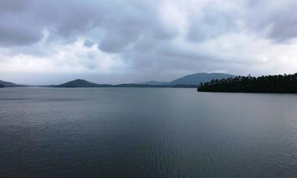 Quảng Nam khẳng định điều tiết nước hồ Phú Ninh là cần thiết - Ảnh 1.