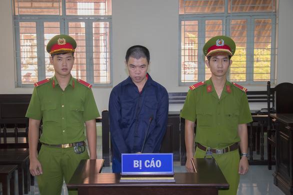 Cướp giật, 12 tháng bị 4 tòa khác nhau tuyên án tù - Ảnh 1.