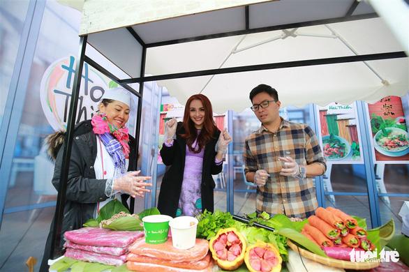 Ngày của phở tại Hà Nội: Phở chính là hộ chiếu của ẩm thực Việt Nam - Ảnh 4.