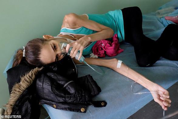 Venezuela: Bệnh nhân trị HIV bằng lá cây vì hết thuốc, thiếu tiền - Ảnh 2.