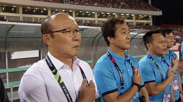 Truyền hình Hàn Quốc dừng chiếu phim để phát trận chung kết AFF Cup - Ảnh 1.