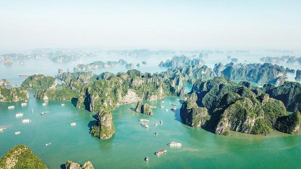 Tháo nút thắt, mở rộng không gian du lịch Quảng Ninh - Ảnh 1.