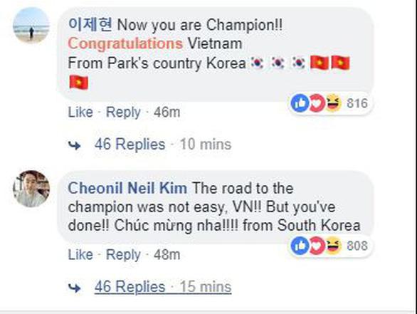 CĐV Hàn Quốc ngay lập tức chúc mừng tuyển Việt Nam vô địch - Ảnh 1.