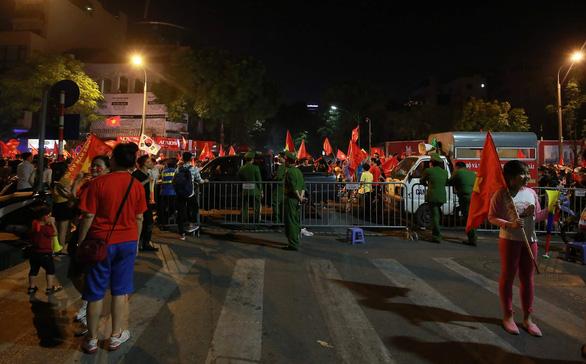 Hà Nội cấm nhiều tuyến phố phục vụ chung kết AFF Cup 2018 - Ảnh 1.
