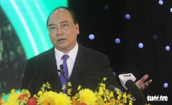 Thủ tướng: Đi xe từ Long Xuyên về Châu Đốc đã thấy ê mình - Ảnh 1.