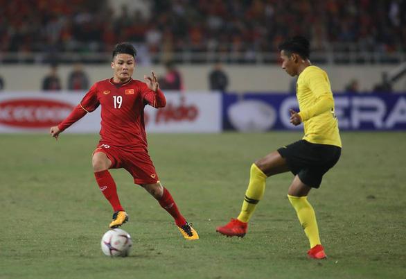 Quang Hải đoạt giải Cầu thủ xuất sắc nhất AFF Cup 2018 - Ảnh 1.