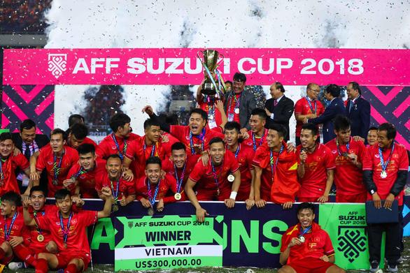 Đội tuyển Việt Nam đã được thưởng 25 tỉ đồng tiền mặt - Ảnh 1.