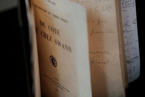 Một tác phẩm của Marcel Proust phá kỷ lục đấu giá - Ảnh 1.