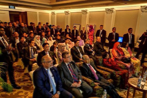 Thủ tướng Malaysia: Thần may mắn không đứng về phía đội tuyển Malaysia - Ảnh 1.