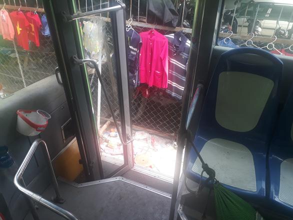 Đầu tư tiền chục tỉ, nhiều xe buýt trùm mền cả năm - Ảnh 5.