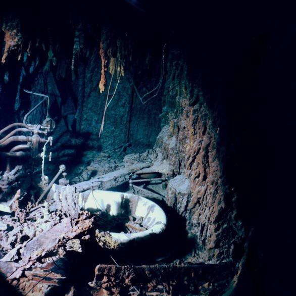 Muốn thăm xác tàu Titanic, hãy chuẩn bị 84.000 bảng Anh - Ảnh 2.