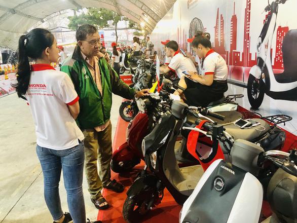 Honda VN bất ngờ với sự kiện ra mắt... xe máy điện Honda - Ảnh 1.