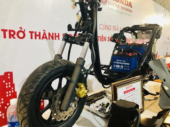 Honda VN bất ngờ với sự kiện ra mắt... xe máy điện Honda - Ảnh 4.