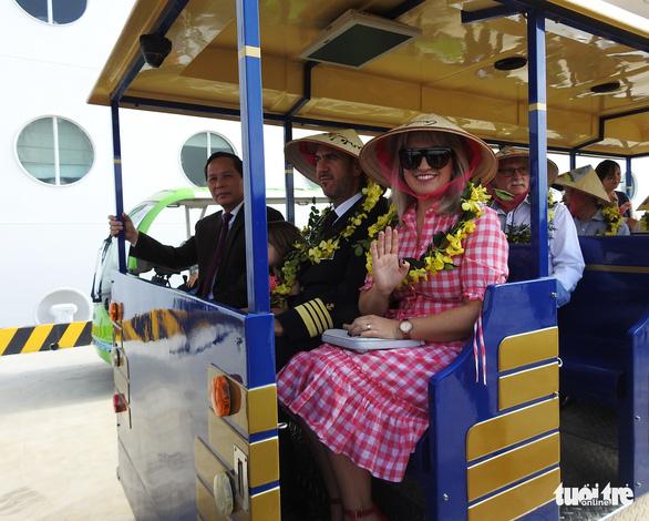 Cảng tàu khách quốc tế Hạ Long đón khách quốc tế thứ 15 triệu đến Việt Nam - Ảnh 5.