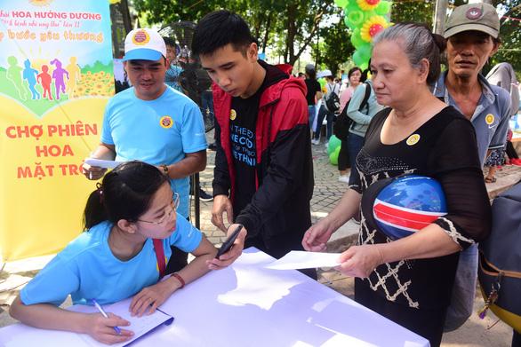 385 ước nguyện của bệnh nhi được thực hiện tại ngày hội Hoa hướng dương - Ảnh 3.