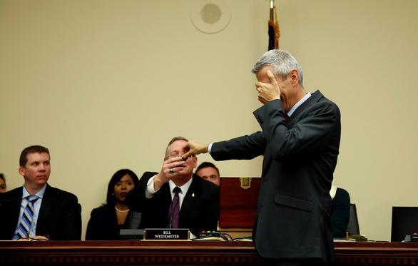 Không nhịn được cười với cảnh nghị sĩ Mỹ rút số may mắn - Ảnh 6.