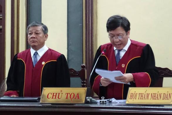 Tòa tuyên Trần Phương Bình chung thân, Vũ  nhôm 17 năm tù - Ảnh 1.