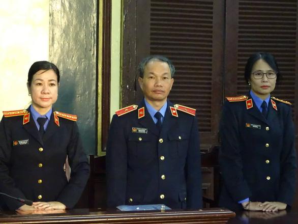 Tòa tuyên Trần Phương Bình chung thân, Vũ  nhôm 17 năm tù - Ảnh 3.