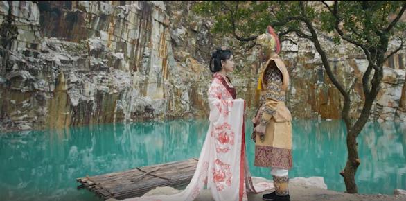Quán quân Hồng Gấm tung phim ngắn cổ trang Sẽ thôi mong chờ - Ảnh 2.