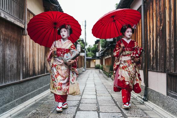 Những địa điểm check-in hot ở Nhật Bản và Hàn Quốc - Ảnh 7.
