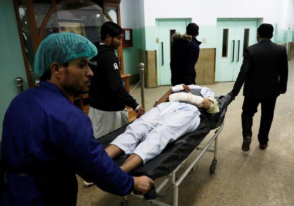 Mỹ mới tuyên bố rút quân, khu cơ quan chính phủ Afghanistan bị tấn công - Ảnh 3.