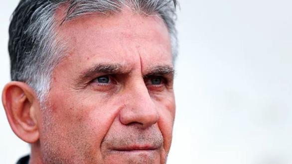 HLV tuyển Iran Carlos Queiroz bị chỉ trích vì...khiêm tốn - Ảnh 1.