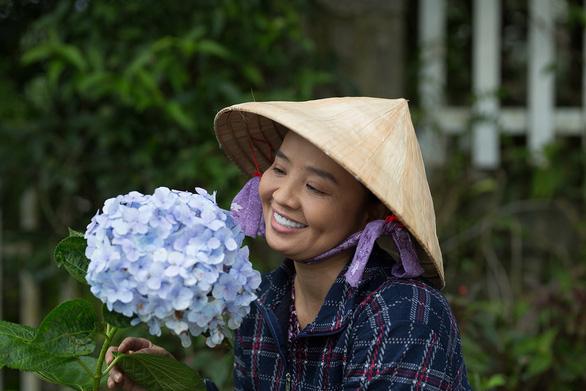 Hoa cúc vàng trong bão: Một buổi quay để có 45 giây cảnh Khánh Hiền bị tạt axit - Ảnh 8.