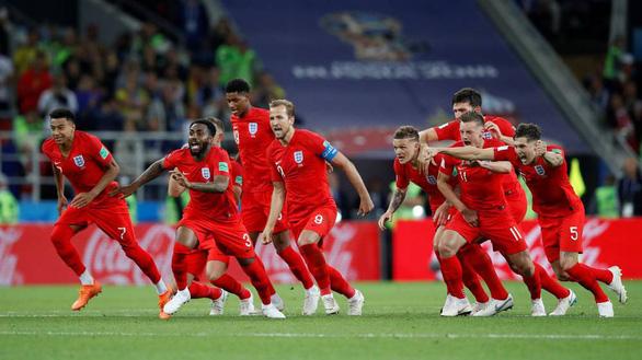 9 khoảnh khắc khó quên của bóng đá thế giới trong năm 2018 - Ảnh 1.