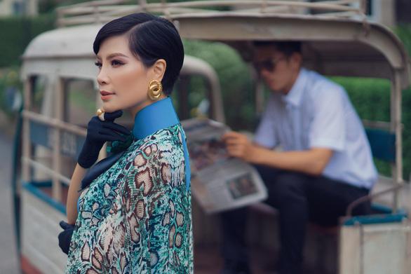 Hút hồn theo Màu mắt nhung của Võ Việt Chung - Ảnh 7.