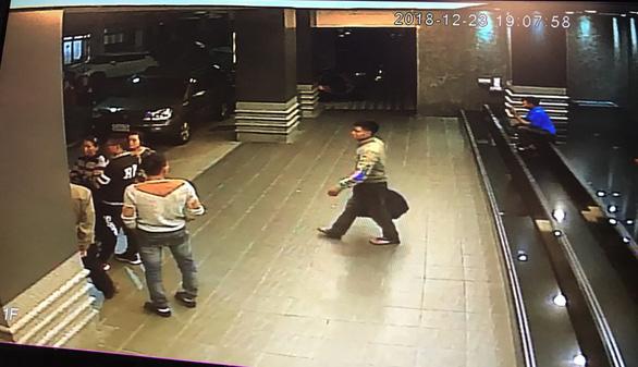 Video ghi cảnh du khách Việt mất dấu từ khách sạn Đài Loan - Ảnh 2.